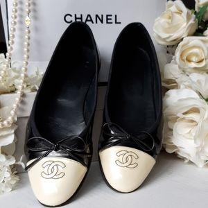 Chanel Classic CC Flats!